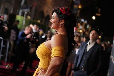 /glamour/female-athletes-like-youve-never-seen-them-before-on-the-red-carpet/img/2367355b-1-700x468MobileImageSizeReigNN.jpg