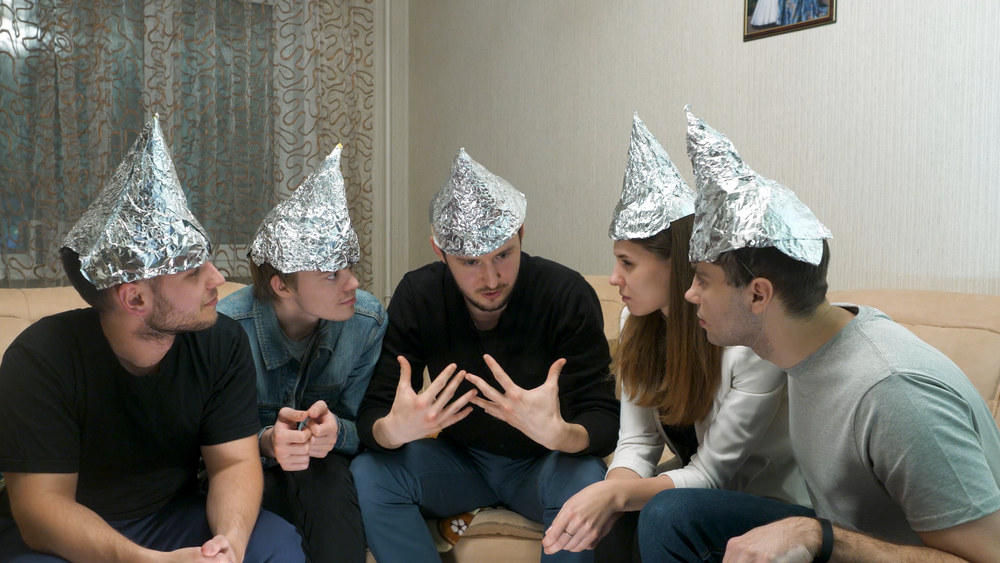 All the Ways That Aluminum Foil Can Change Your Life - Living Magazine